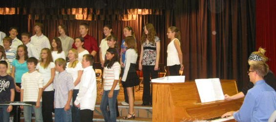 10-29-09_Piano_Accompanist_Colin_Warren_with_Jr-High_Choir