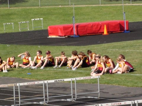 2010-04-15_Jr_High_kids_still_waiting